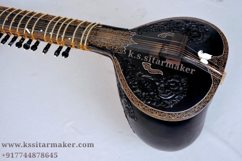 Ravi Shankar style sitar by K S Sitarmaker, Miraj